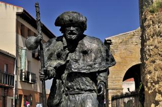 Spanien: Pilgermonument in Carrion de los Condes