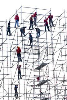 Artistische Arbeiter auf einem Hochbaugerüst, Hong