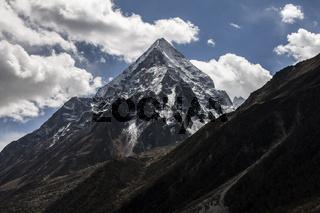 Bhrigupanth peak (6772m)