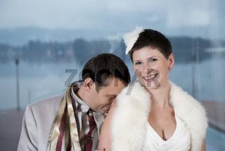 Brautpaar lachend