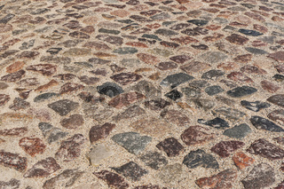 Kopfsteinpflaster   cobblestone pavement
