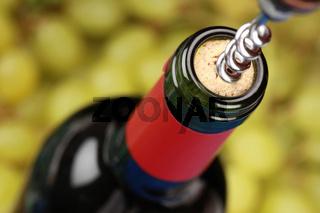 Öffnen einer Weinflasche