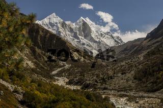 Bhagirathi peaks (6856m)