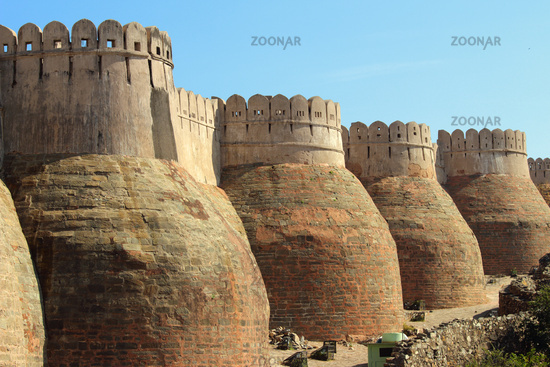 wall of kumbhalgarh fort