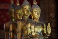 Buddha Statuen im Wat Xiengthonh, Laos