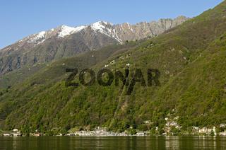 Tessiner Alpen über dem Lago Maggiore