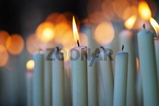 Kerzenlichter zur Andacht