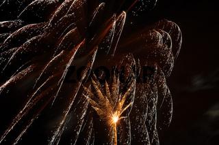 Feuerwerk zu Silvester und Neujahr