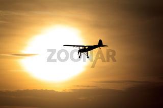 Luftfahrt - Ab in die Abendsonne
