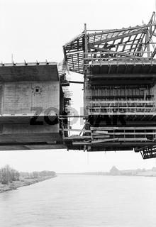 Neubau der eingestürzten Reichsbrücke