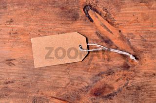 Anhänger aus Pappe mit Band leer altes Holz