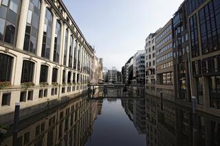 Der Bleichenfleet in Hamburg mit Blick auf die Poststrasse