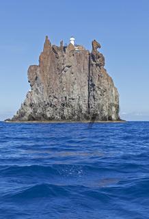 Vorgelagerte Insel Strombolicchio bei Stromboli, Liparische Inseln, Italien