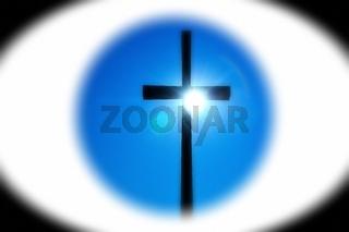 im Zentrum das Kreuz