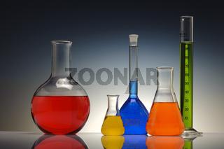 Chemielabor mit Reagenzgläser