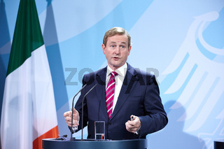 Merkel meets Irish PM Enda Kenny