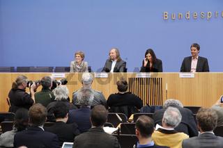 Green Press Conference- Haus der Bundespressekonferenz -  in Berlin.