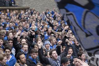 Demo von Fans des DSC Arminia Bielefeld / DSC Arminia Bielefeld supporters demonstrating /