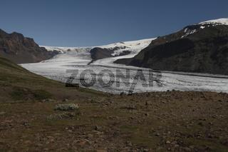 Skaftafellsjökull is one of the outlet glaciers (glacier tongues) of the Vatnajökull ice cap. Skaftafell