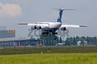Ilyushin Il-76TD-90SW der Silk Way Airlines.