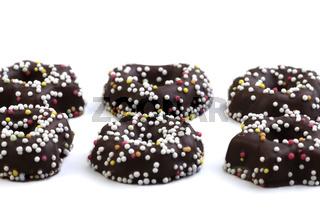 Sechs Zuckerkringel