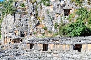 Myra Theater mit den Felsengräbern Türkei