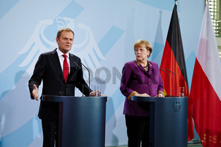 Merkel und Tusk Press Conference