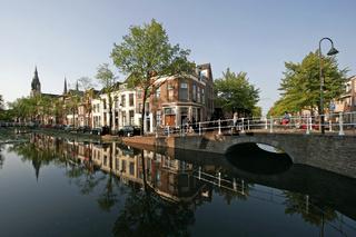 typische Gracht in Delft