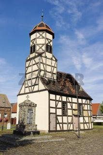 Fachwerkkirche in Steinsdorf, Landkreis Wittenberg, Sachsen-Anhalt, Deutschland, Europa