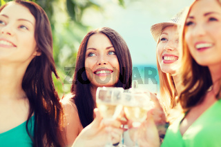 girls with champagne glasses