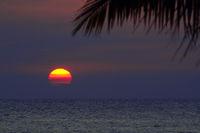 farbenprächtiger Sonnenuntergang,  Lovina Beach, Nordbali, Bali,