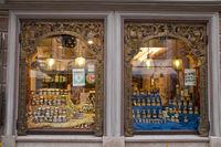Shop window, Old pharmacy, Füssen, Allgäu, East Allgäu, Bavaria, Europe