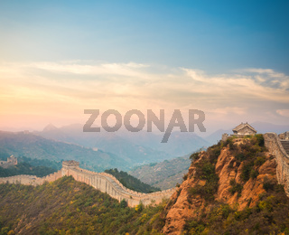 the great wall in sunset