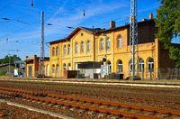 Grossraeschen Bahnhof - Grossraeschen railway station 01