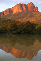evening light at Apiesrivierpoort, Marakele, SA