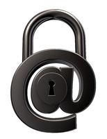 emailsicherheit - symbol auf weißem hintergrund - 3d illustration