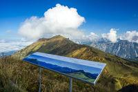 Wanderweg von der Bergstation Kanzelwandbahn zum Fellhorn, Allgäuer Alpen, Bayern, Deutschland, Europa