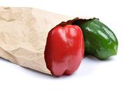 Paprika in Papiertüte - Pepper in paper bag