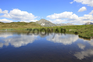 Kleiner Bergsee am Jaufenpass, Südtirol, Italien