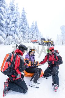 Ski patrol team rescue woman broken arm