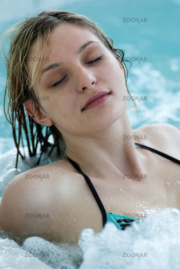 Young woman in the Rupertustherme