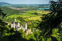 Schloss Neuschwanstein, Füssen, Hopfensee und Forggensee, Schwangau, Ostallgäu, Allgäu, Schwaben, Bayern, Deutschland, Europa