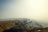 Garzweiler mine in sunlight