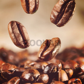 coffee beans is falling down