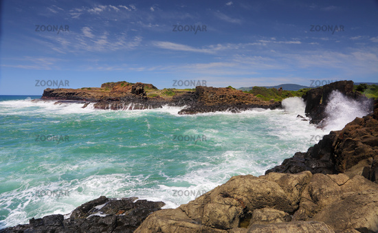 Ocean Swell Bombo Headlands Kiama