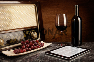Enjoying wine with old music and modern technology
