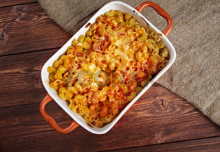 pasta Elbow macaroni  bake with pancetta