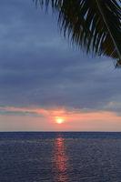 Sonnenuntergang in Lovina , Nordbali, Bali, Indonesien