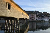Die historische Holzbrücke über den Rhein verbindet Gailingen mit dem schweizerischen Diessenhofen