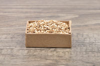 Sesam auf Holz - Sesame on wood